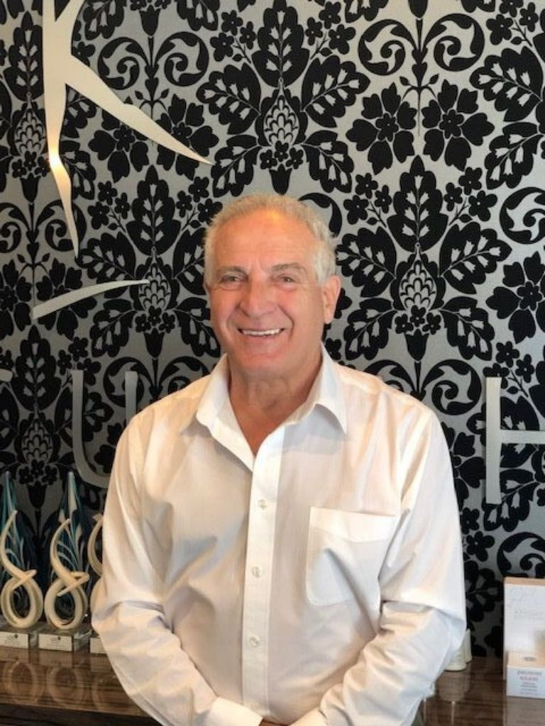 Dr Harvey Sacks - Peel Dental Studio Cosmetic Dentist