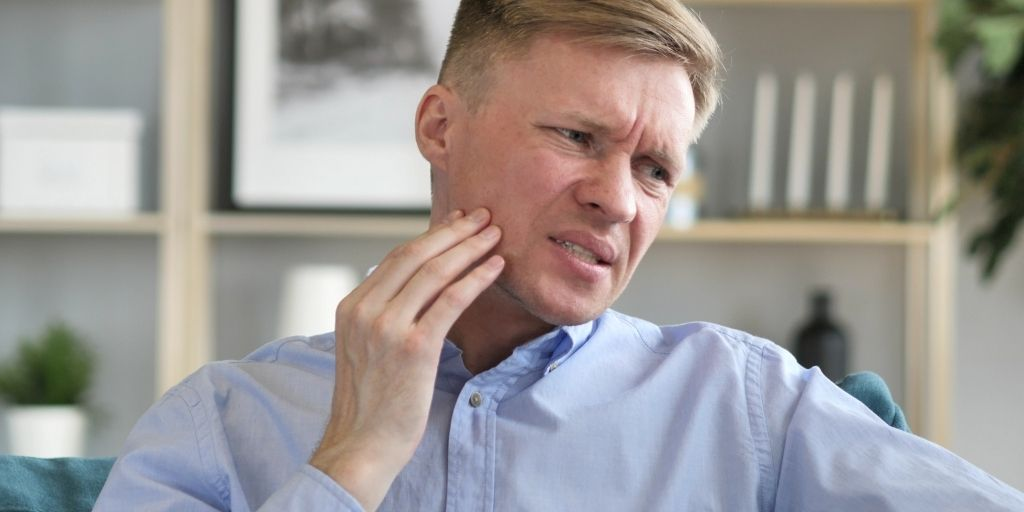 Wisdom Tooth Infection: Risk, Symptoms and Treatment